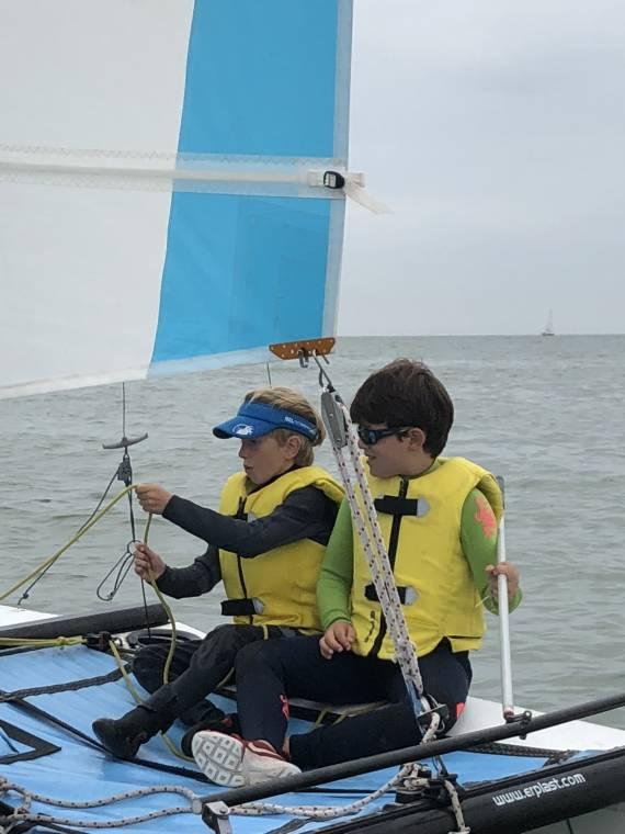 Lessen Catamaran 1 S